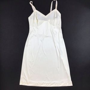 Vintage Union made USA ivory white slip dress 30 B